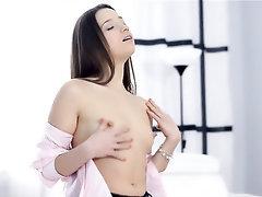 Babe, Big Ass, Masturbation, Panties