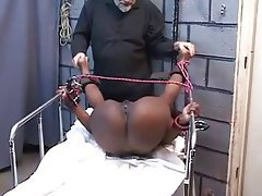 BDSM, Close Up